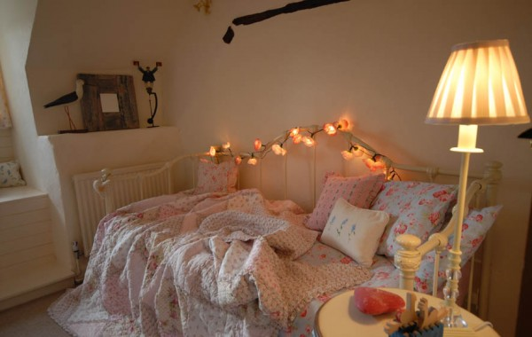 Natural Painted Walls – Apple Yard Bedroom